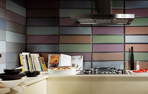Azulejos modernos color en ba os y cocinas for Cocinas y banos modernos