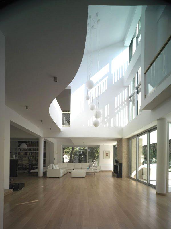 interior con doble altura