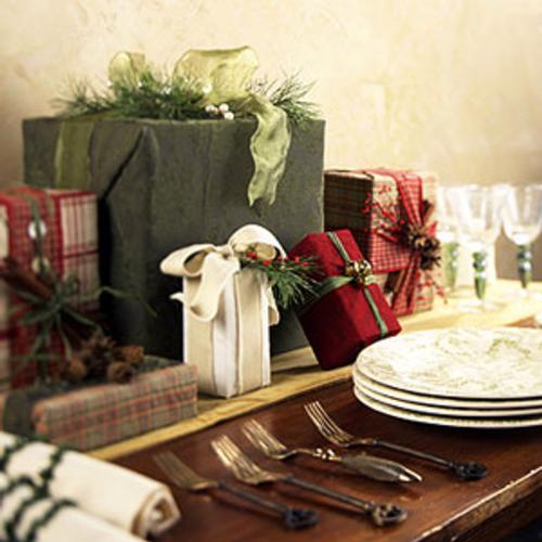 centro-de-mesa-navideno-cajas-regalos