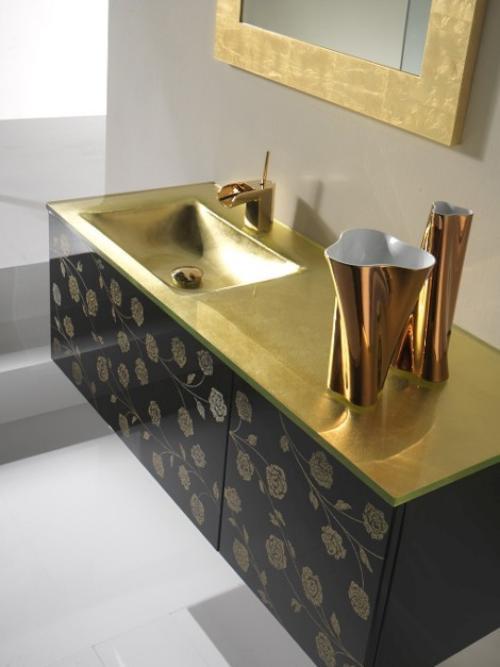 Dorado y Plata para el Cuarto de Baño