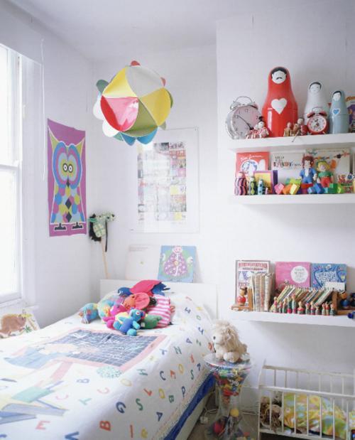 estanterías o bibliotecas en el dormitorio
