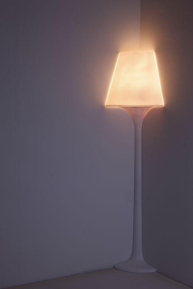 innovadora-lampara-pie-stand-1