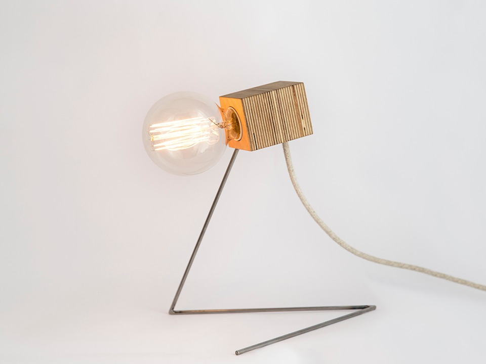 lámpara de mesa Robot de Trae Shop