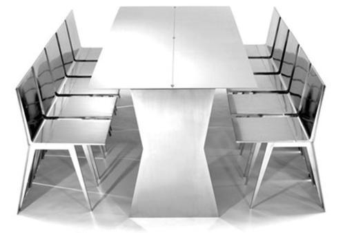 monolith-mesa-y-sillas-para-ahorrar-espacio-1