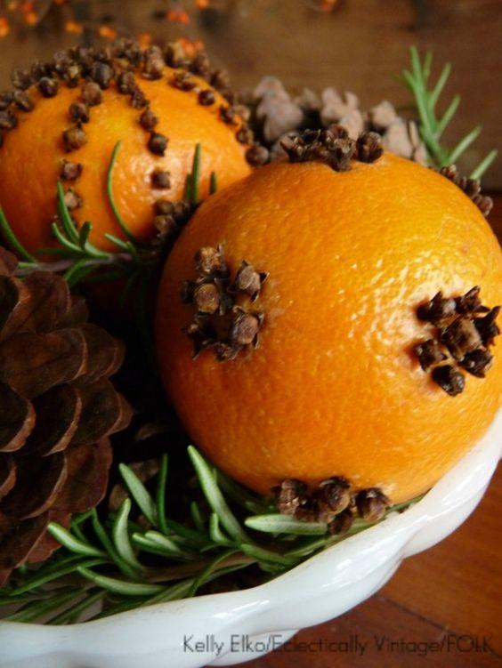 pomander de naranja y clavo de olor