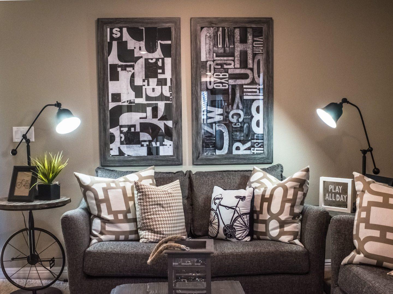 muebles intervenidos y diseñados con piezas recicladas
