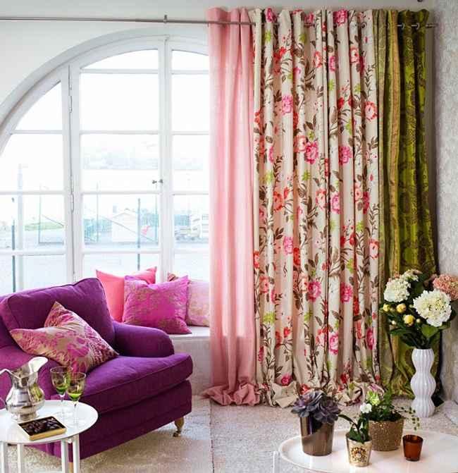 color y flores en interiores