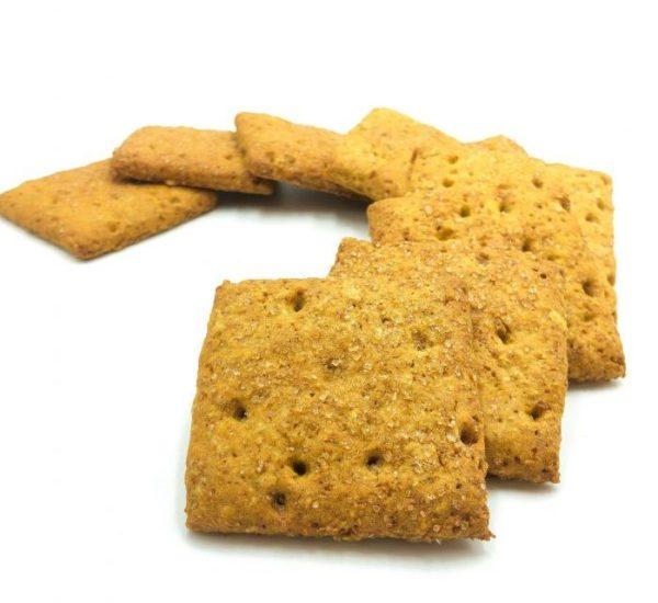 quadrotti integrali artigianali. Biscotti leggeri e nutrienti