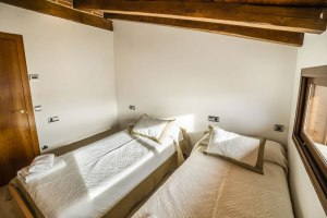 cottage-rurale-spa-la-chirumba13