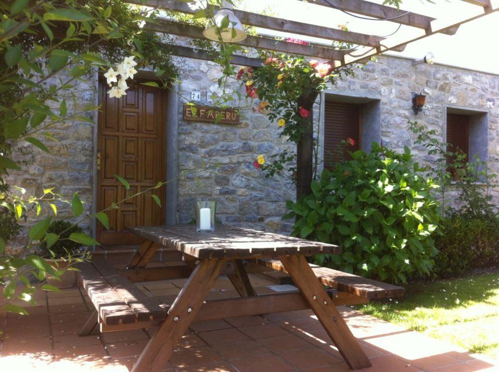 Cenador del Apartamento Rural el Fareru
