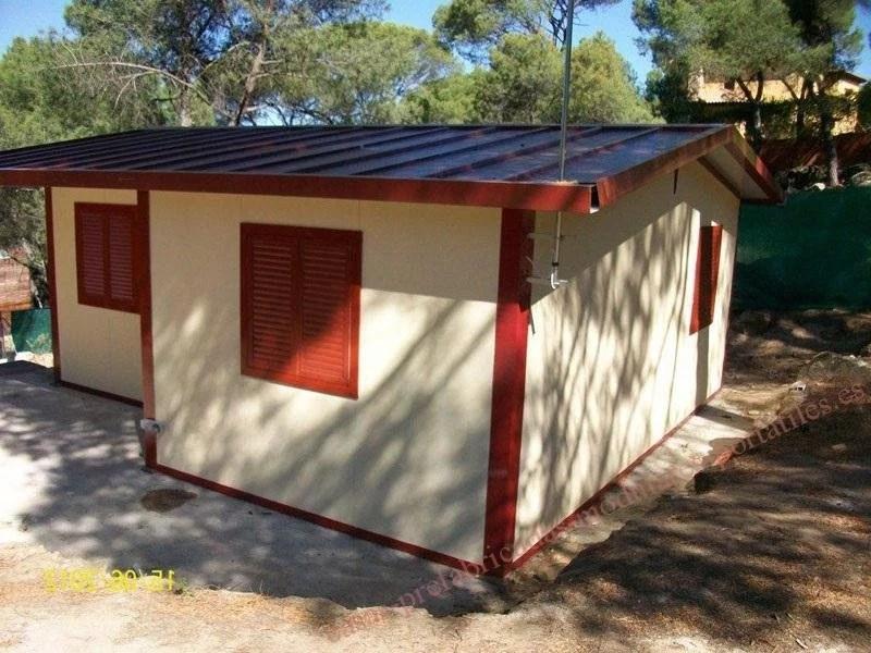 Casa prefabricada sobre losa de hormigón