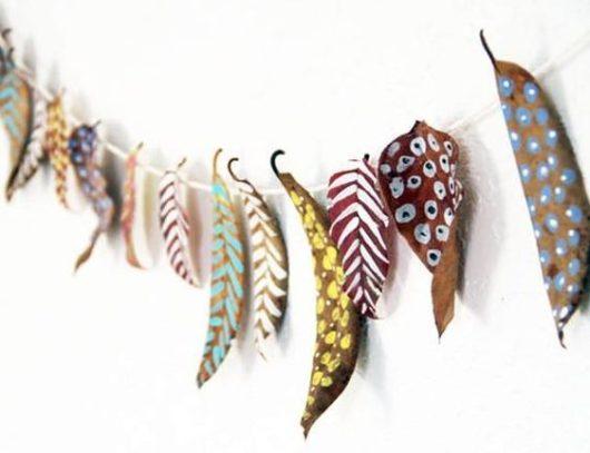 mural-hojas-secas