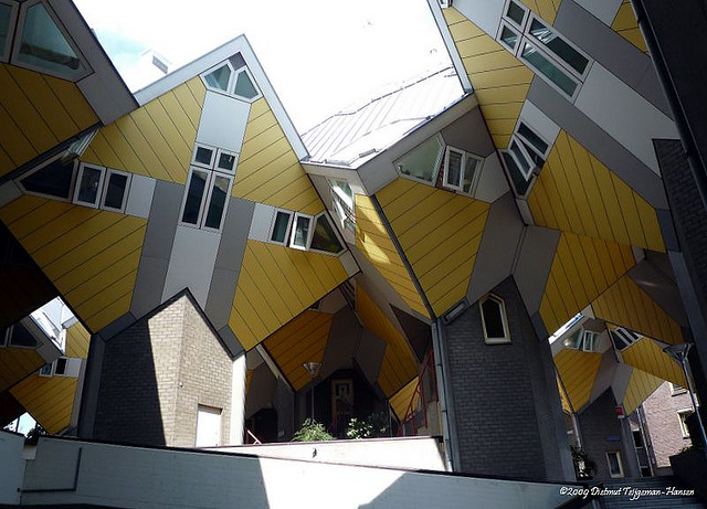 Cubic_Houses_4