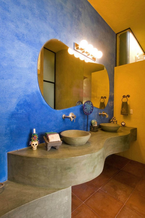southwestern-bathroom