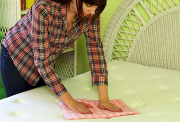 webmd_rm_photo_of_woman_cleaning_bed