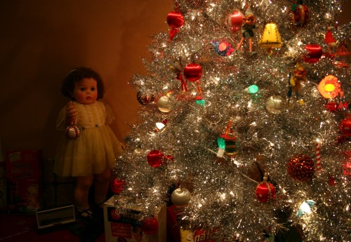 toys-christmas-tree-and-doll