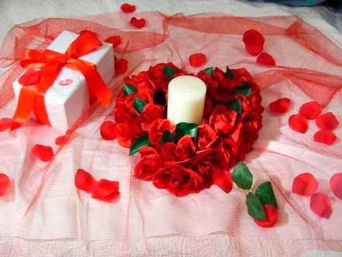 custom-candles-for-Valentines-Day