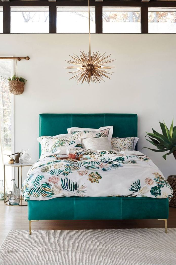 Tropical-bedroom-style-from-Anthropologie