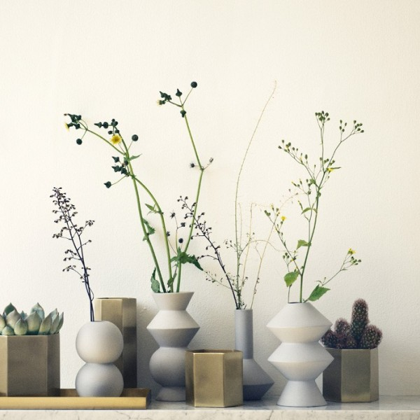 vase-ideas-for-a-geometric-theme-600x600