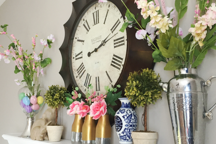 Spring Mantel and New Family Room Tray