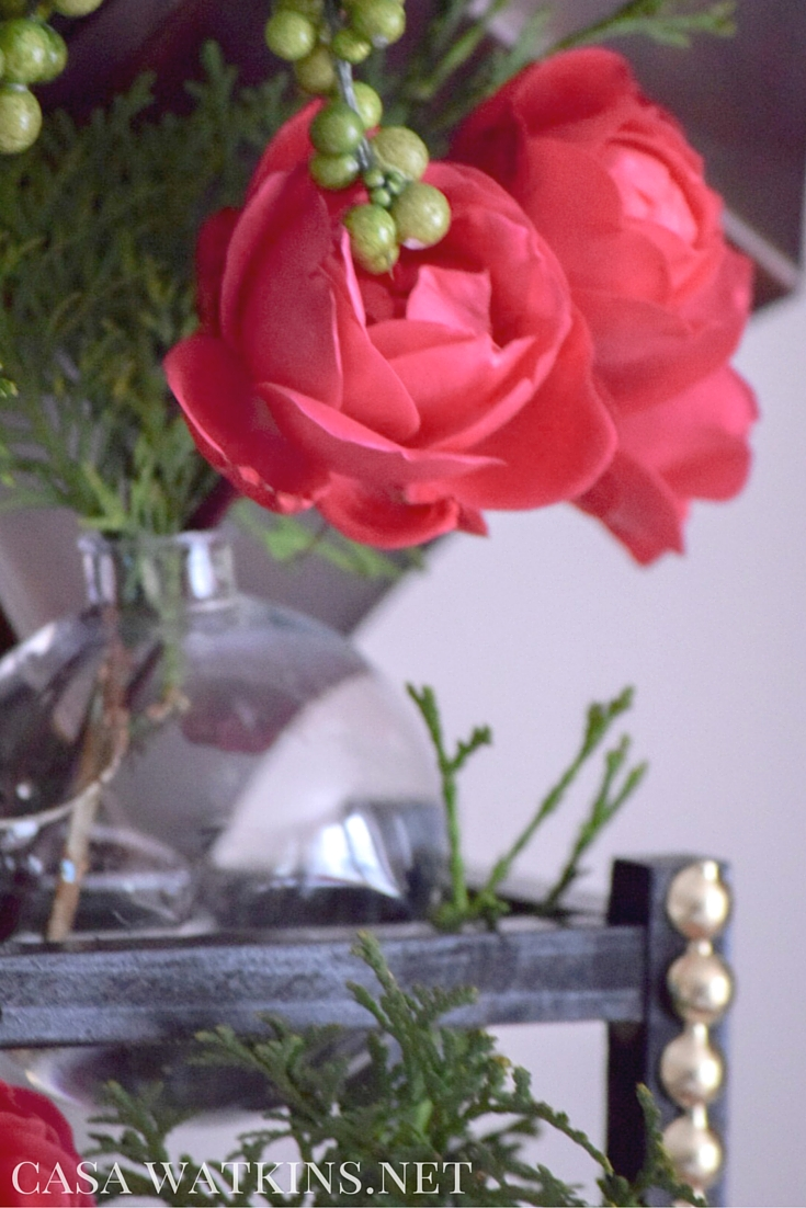 How to make a pottery barn inspired bud vase from ornaments a the ornament multi bud vase rack was inspired by a bud vase i saw on the pottery barn website i dont believe they carry these anymore since i wasnt able reviewsmspy