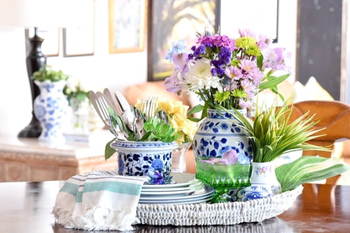 How-To-Decorate-Spring-Tray-Vignette-For-Kitchen