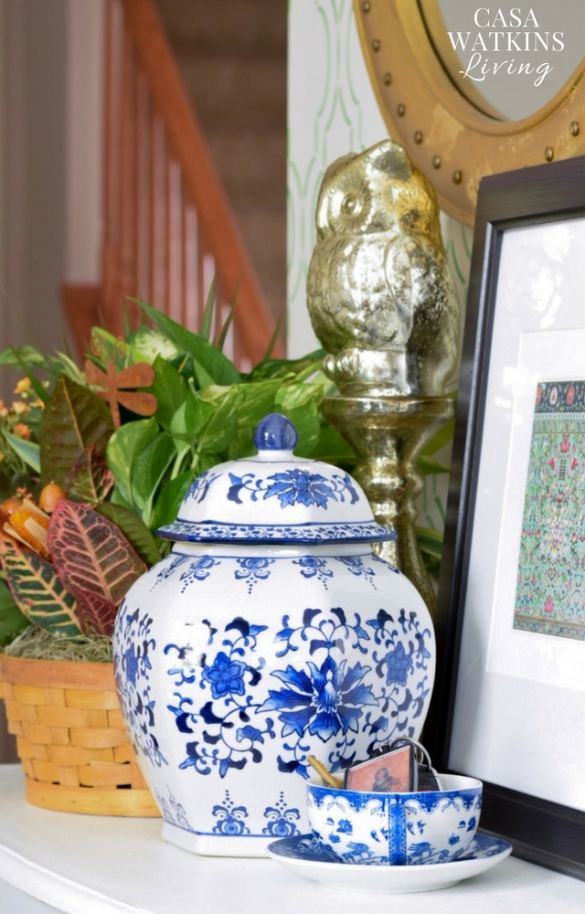 decorating a chinoiserie entryway for fall
