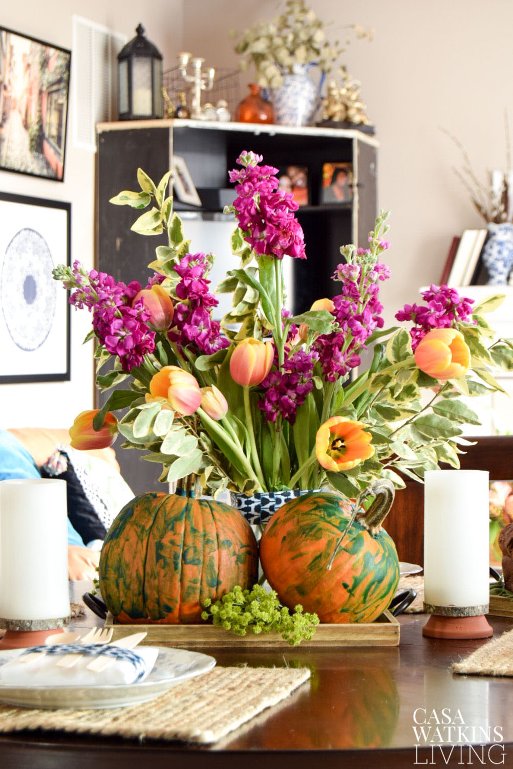 DIY pumpkin tray centerpiece with kids' painted pumpkins