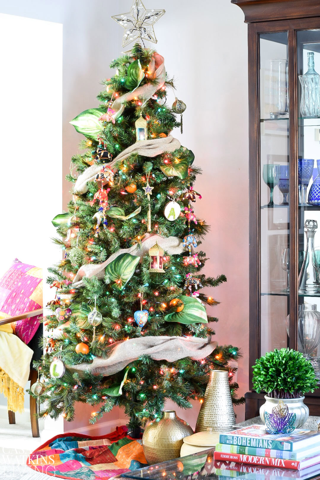 how-to-decorate-global-boho-christmas-tree