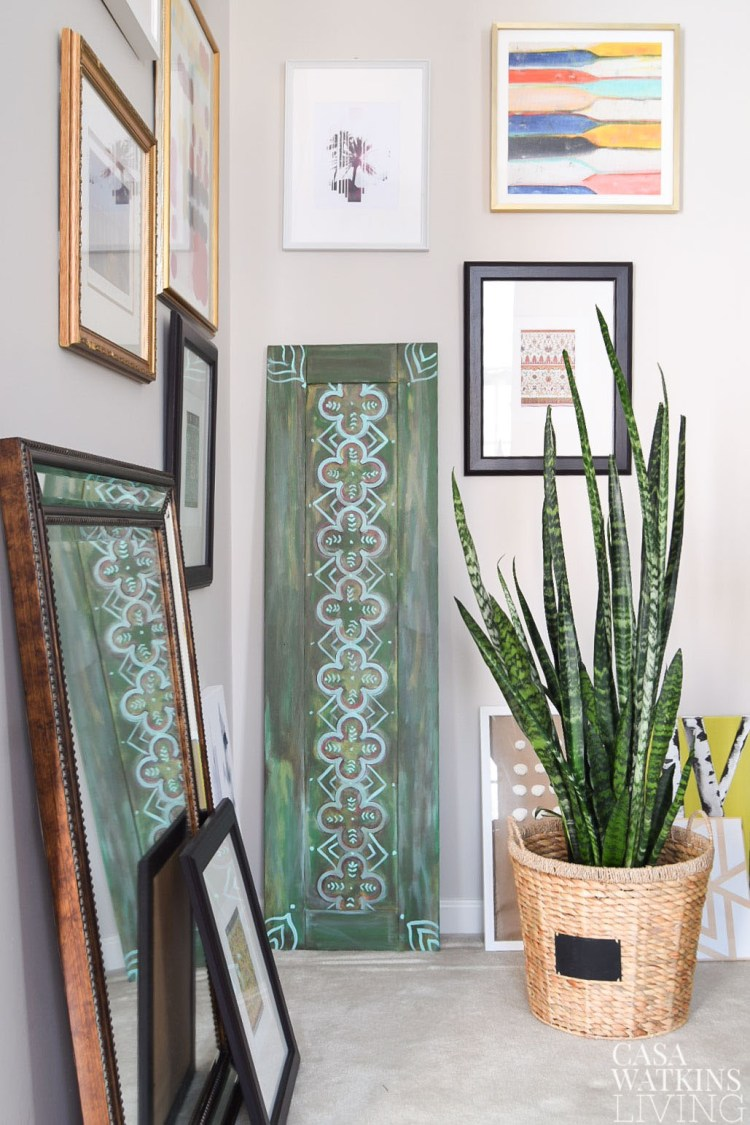 DIY Moroccan Wood Art using a cabinet door