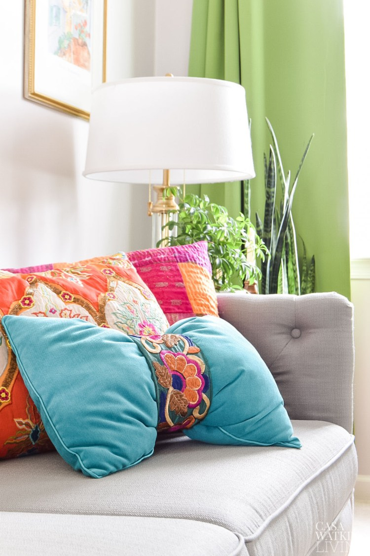 DIY global style pillow in 1 minute