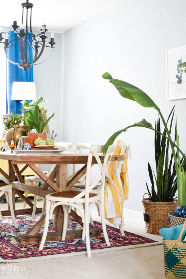 global inspired dining room