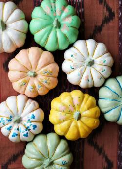 Japanese Umbrella Pumpkins - Up To Date Interiors