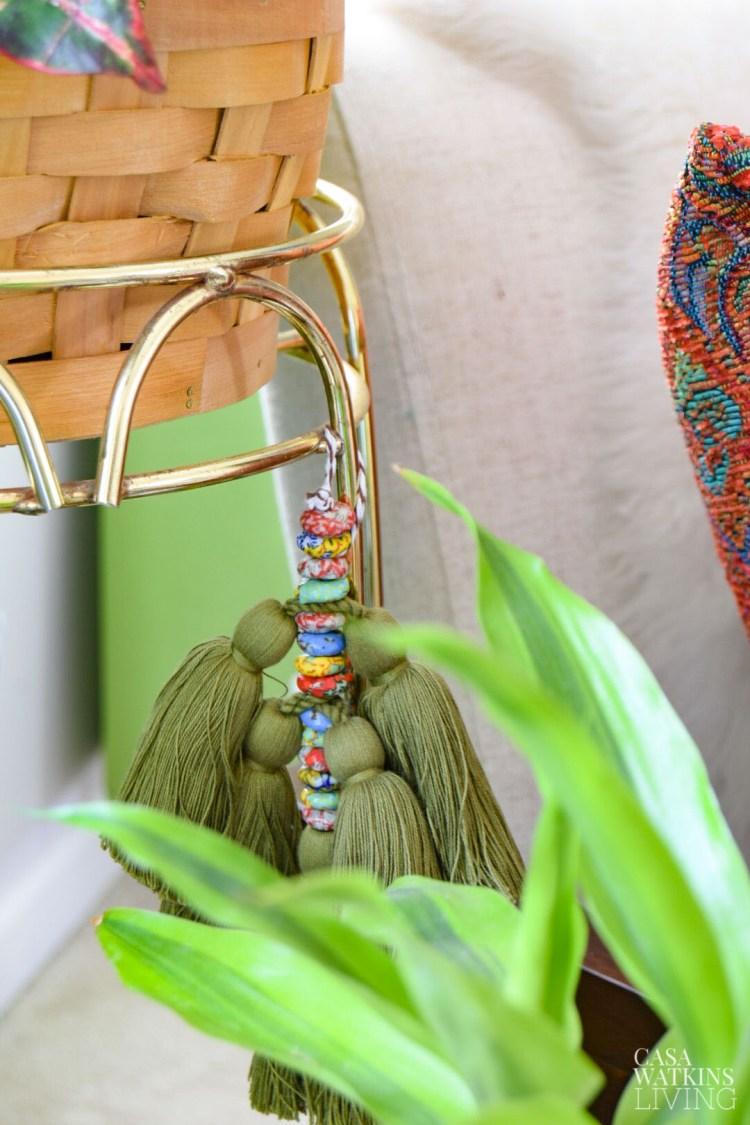 plant stand diy tassel hanging