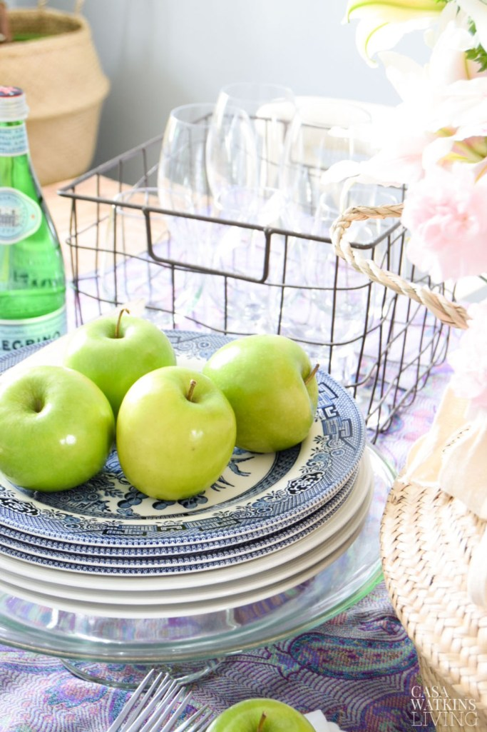 apples with chinoiserie plates for boho style fall decor
