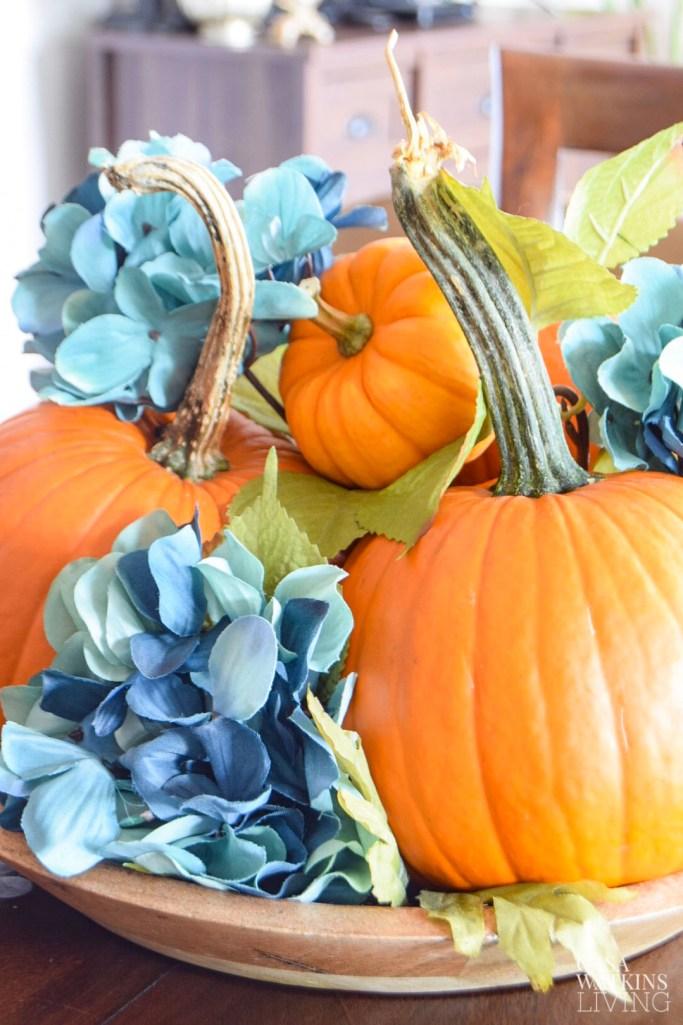 5 minute simple pumpkin centerpiece