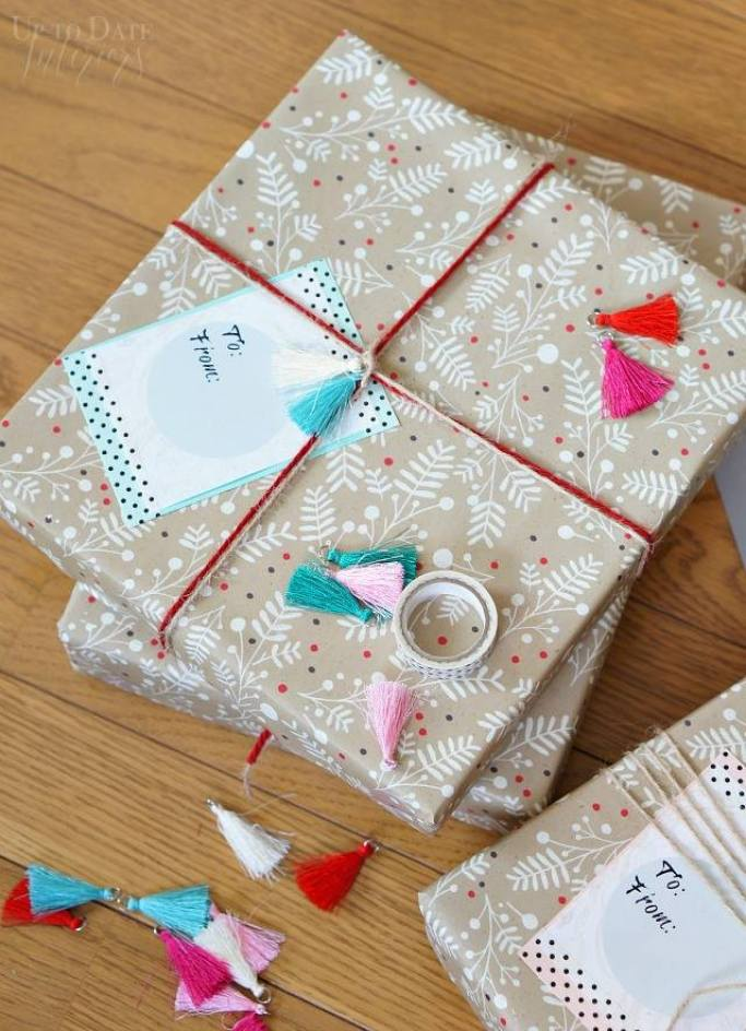 DIY Beautiful big gift tags - Up To Date Interiors