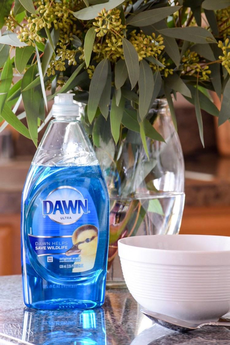simple 2 step sugar scrub with dawn soap