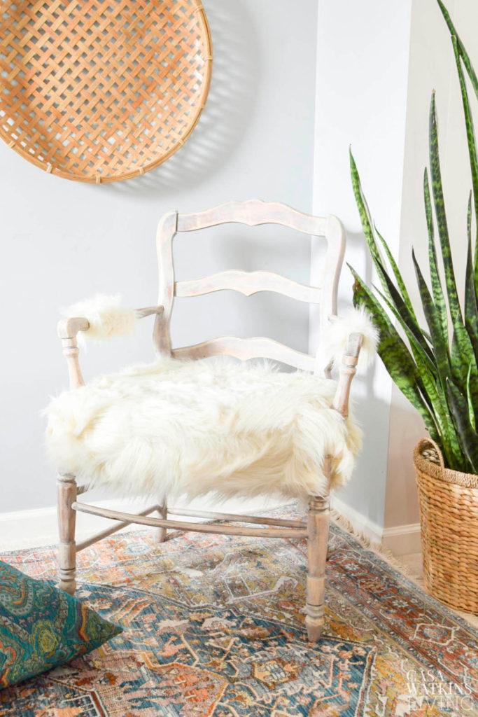 Diy Faux Fur Weathered Wood Chair Makeover Casa Watkins Living