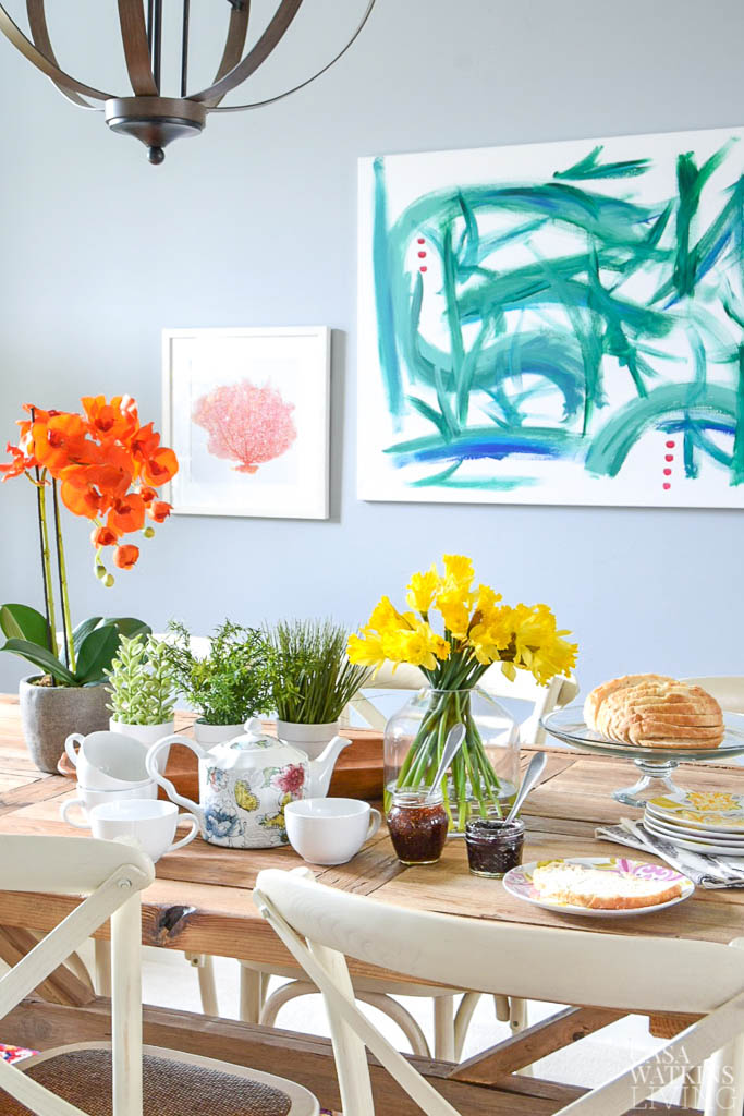 Early Spring Dining Room Decor