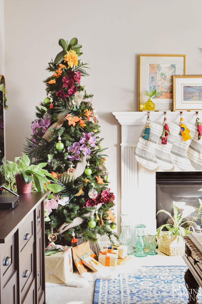 Global Bohemian Holiday Decor Ideas For The Living Room