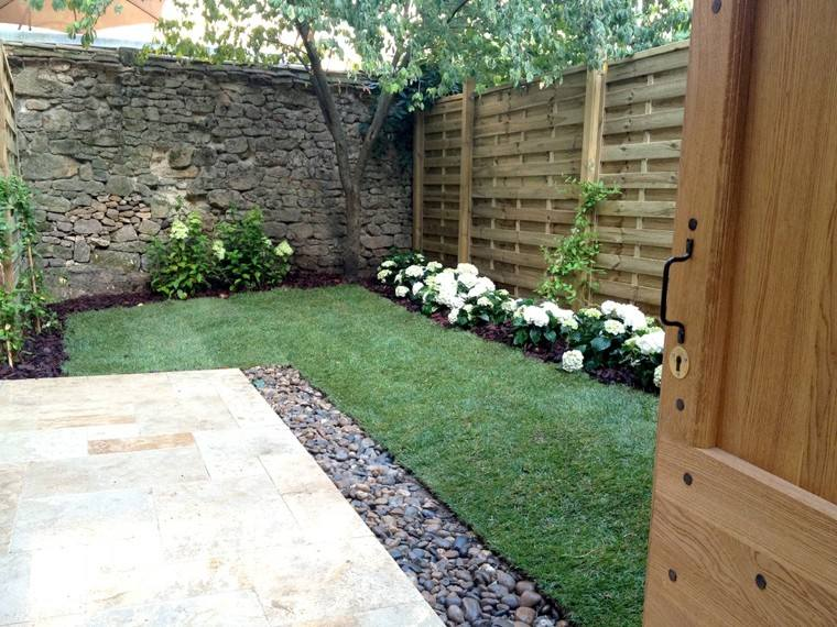 Jardines pequeos y patios traseros de diseo nico