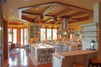 Techo de madera: atractivo clasico en tu hogar