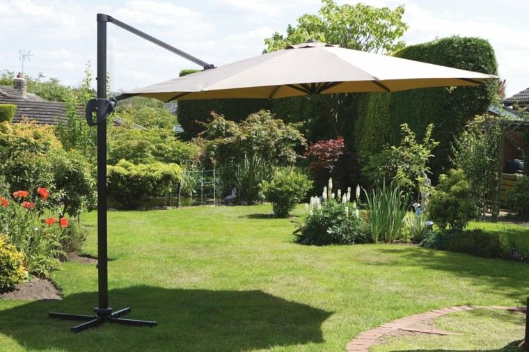 Parasoles jardin sombras refrescantes para el verano