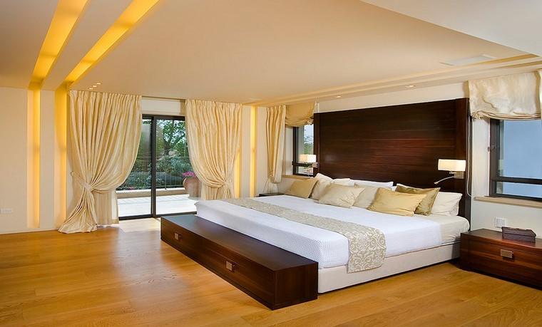 Dormitorios modernos con maderas en la decoracin