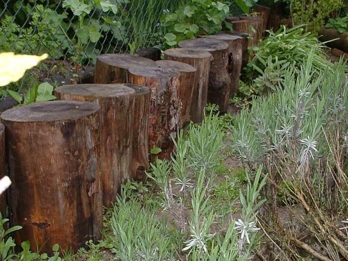 Vallas de jardn de estacas de madera empalizadas