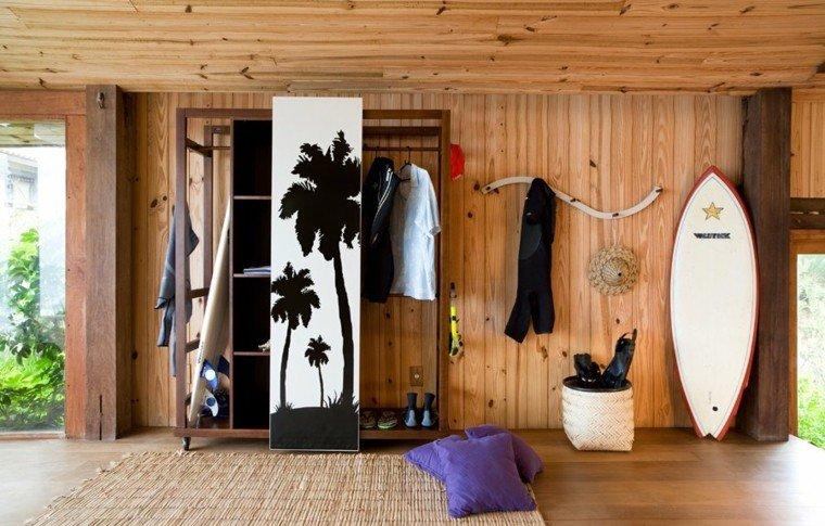 Tablas de surf decorando con aires marinos 50 propuestas