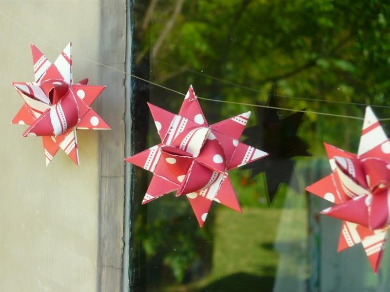 manualidades faciles de hacer estrellas cartuluina roja diseño colgantes