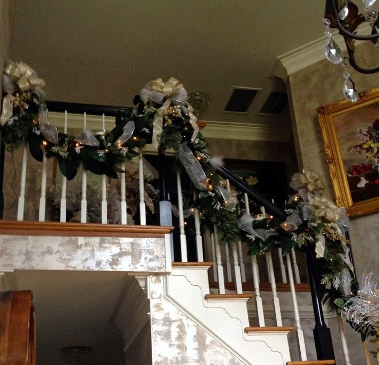 Adornos de navidad negros y oro 35 ideas elegantes