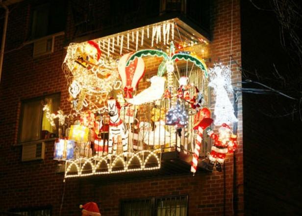 Decorar terrazas y balcones en navidad  25 ideas